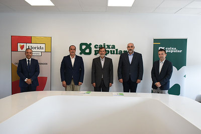 Acuerdo de colaboración con Caixa Popular para la ayuda en la financiación de los estudios